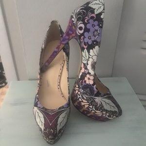 Nine West purple floral pumps